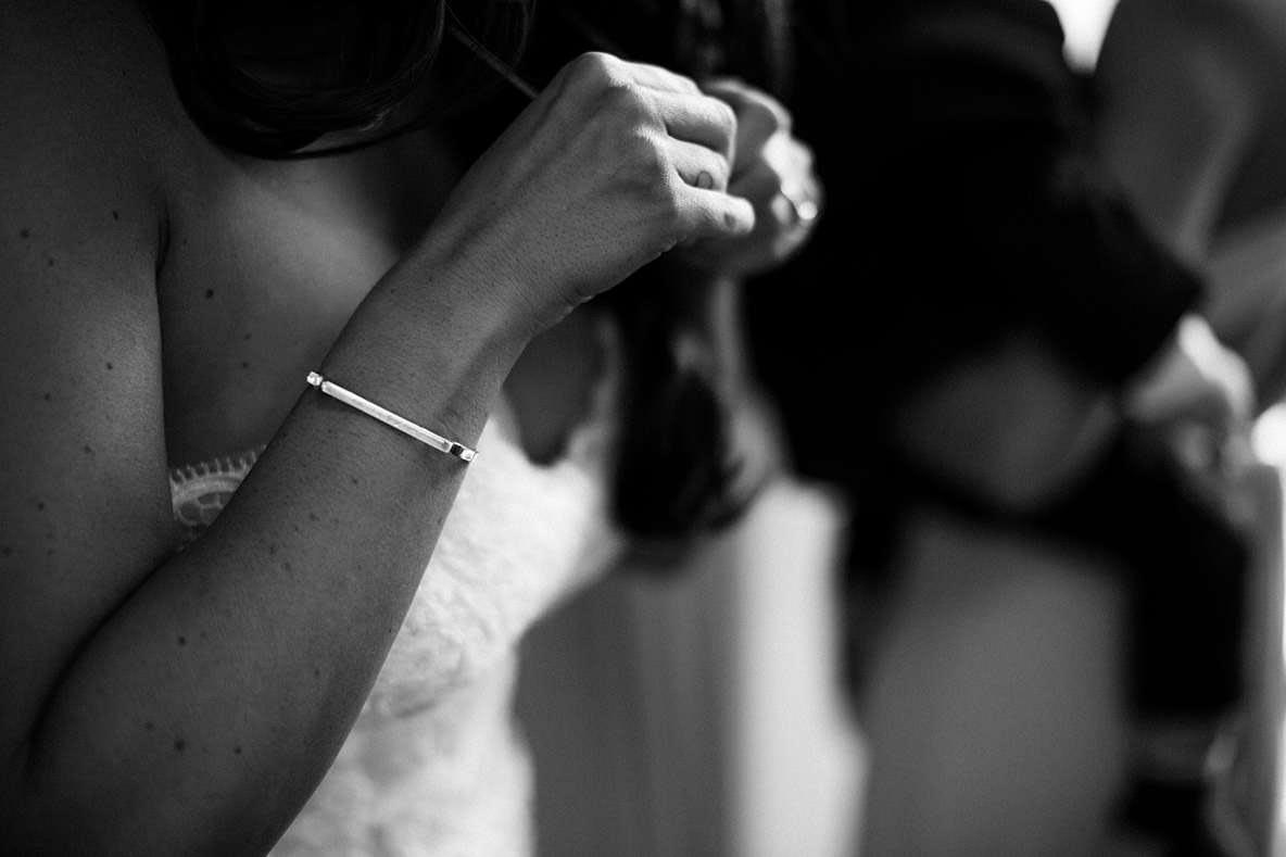 photographer wedding jewellery