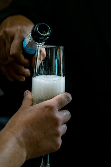 champagne micro wedding photographer