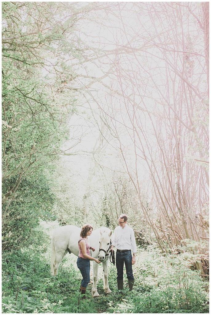 Wiltshire wedding pre wedding shoot