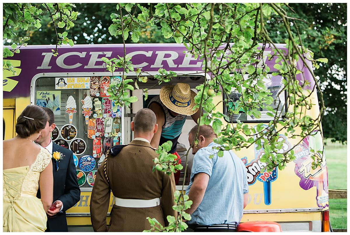 ice cream van gloucestershire wedding photography