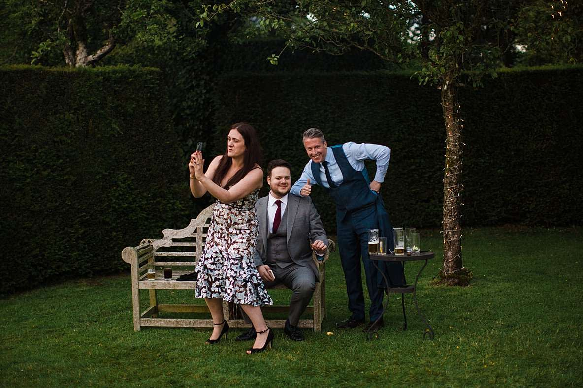 guests selfie gloucestershire photographer