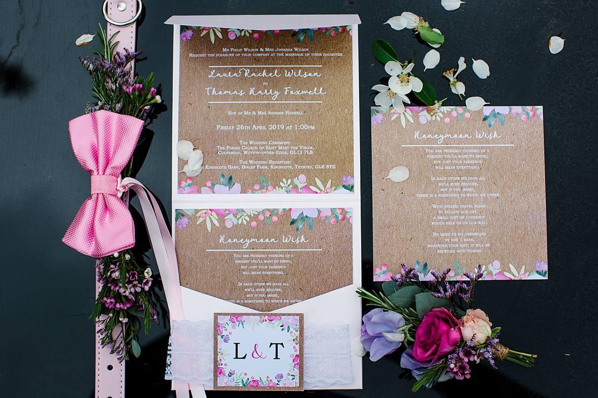 wedding invitation with dog collar