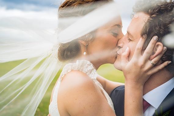 couple kiss 1 micro wedding photographer gloucestershire