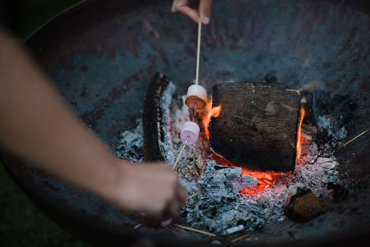marshmellows roasting gloucester wedding photography